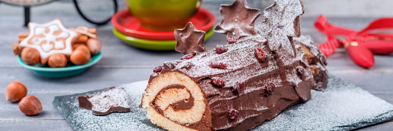 Japanese Christmas Cake.Traditional Japanese Christmas Food And Drink Umami Insider