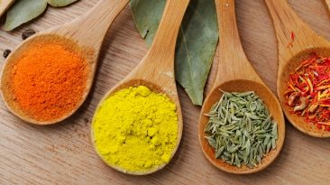 Japanese curry and indian curry spices