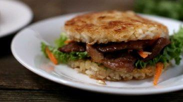 Juicy Pork Yakiniku Burger