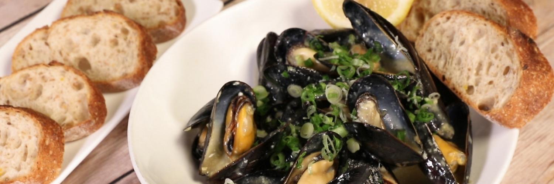 Mussels in Wasabi Cream Sauce