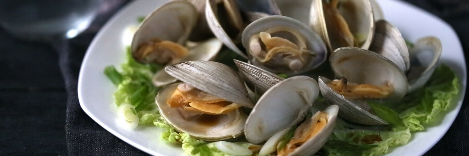 Steamed Sake Flavored Clams