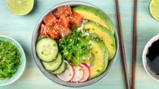 winter travel hawaii poke bowl